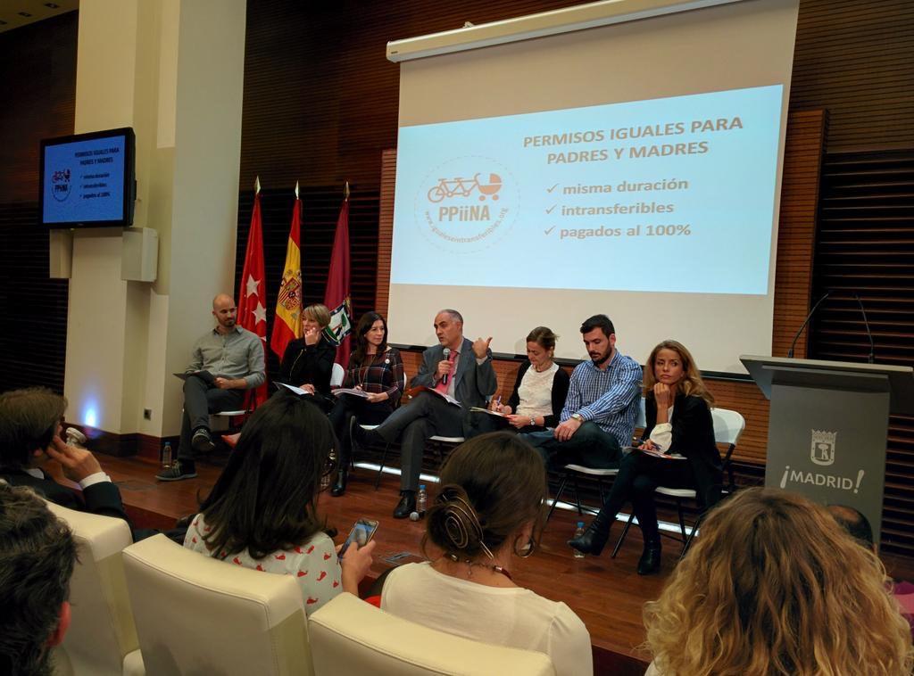 Representantes de los partidos políticos debatiendo el pasado 21 de octubre en el Ayuntamiento de Madrid.